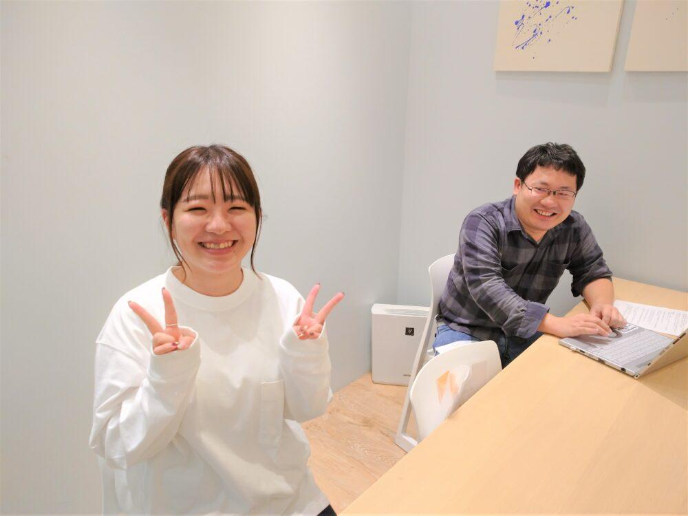 (左から)カスタマーリレーションズ本部 サポート&サクセスデスク 島津さん、カスタマーリレーションズ本部 サポート&サクセスデスク 松本さん※写真撮影時のみマスクを外しています。