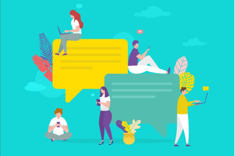 社内でコミュニケーションツールを活用するメンバー達